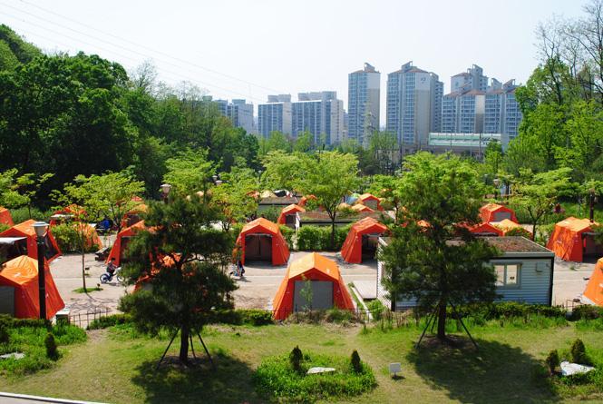 Camping in Seoul